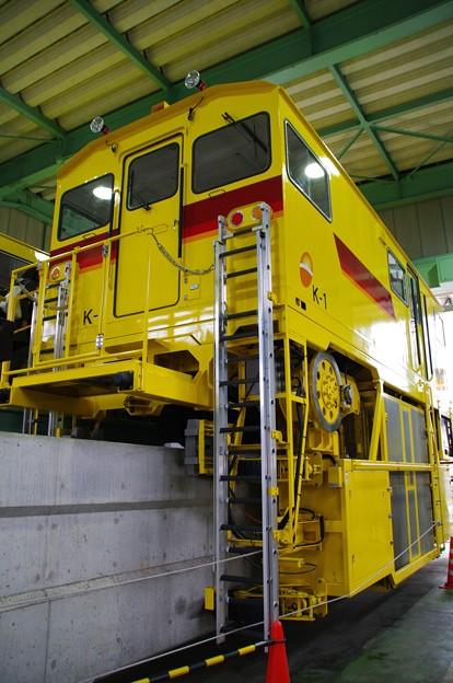多摩モノレールの工作車