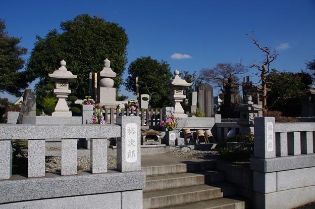 石原裕次郎様のお墓
