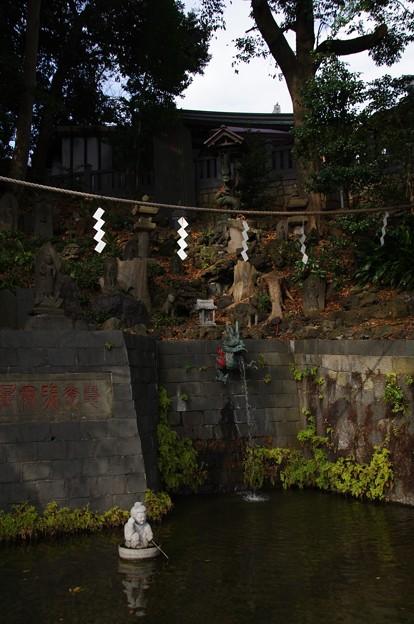 瀧泉寺独古の滝