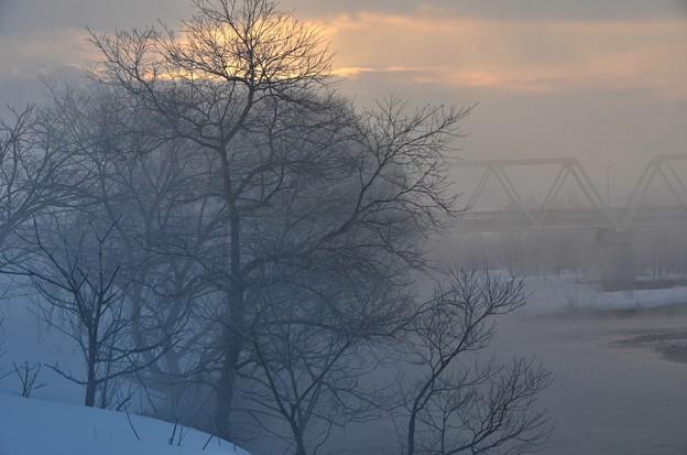 霧の朝に~3月