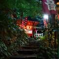 写真: 夜の火伏観音