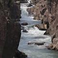 写真: 岩流れ(厳美渓)