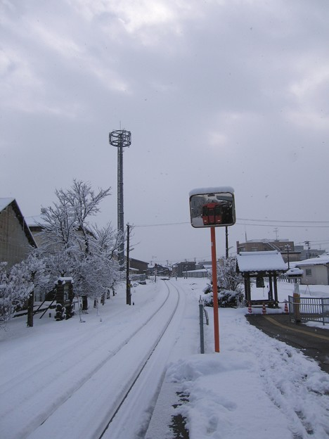 写真: 雪国ローカル線01