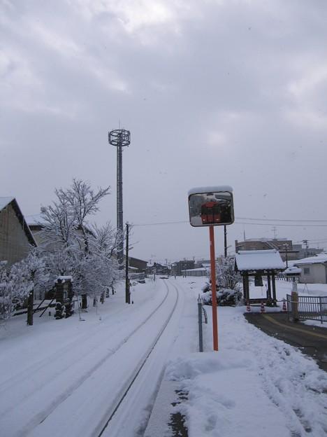 Photos: 雪国ローカル線01