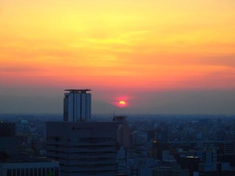 名古屋の夕日