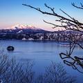 写真: 北海道摩周湖暮色