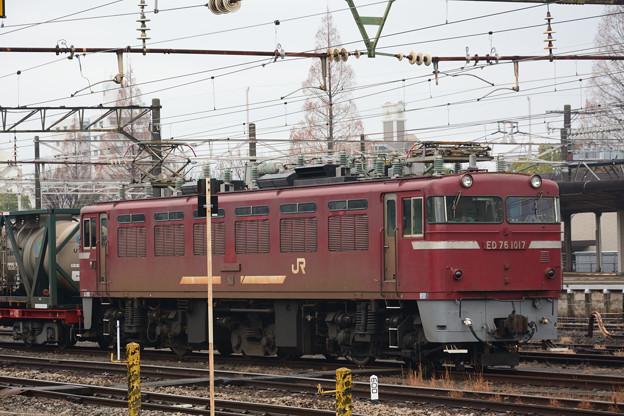 発車を待つ大牟田貨物