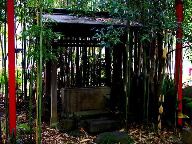 滝野川 四本木稲荷神社