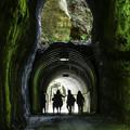 写真: 二階建てトンネル