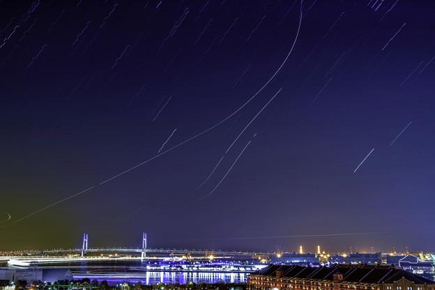 写真: 夜空「みなとみらい」