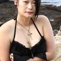 写真: a seductive swimsuit