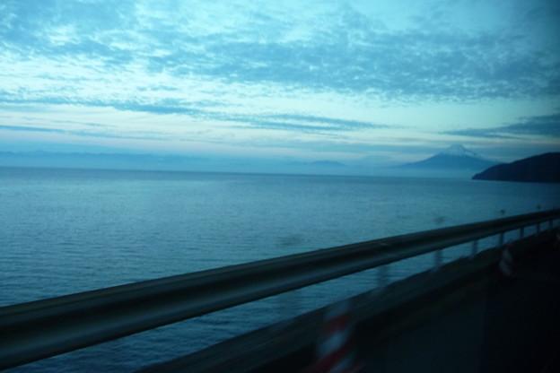 写真: 車窓から