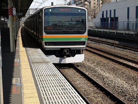 E231系湘南新宿ライン(保土ヶ谷駅)