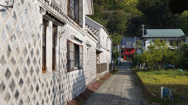 写真: DSC02384 なまこ壁通り
