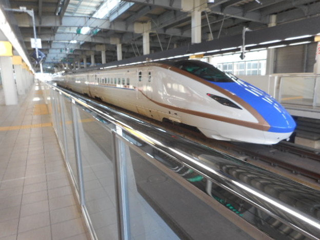 E7系F16編成(12両編成)東京始発はくたか563号金沢行き-1