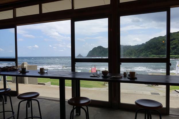 二三味珈琲海の家_内部