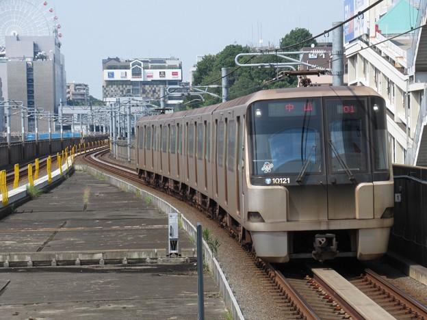 横浜市営グリーンライン10000形 10121F