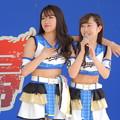 写真: 小木曽さんと杉本さん。