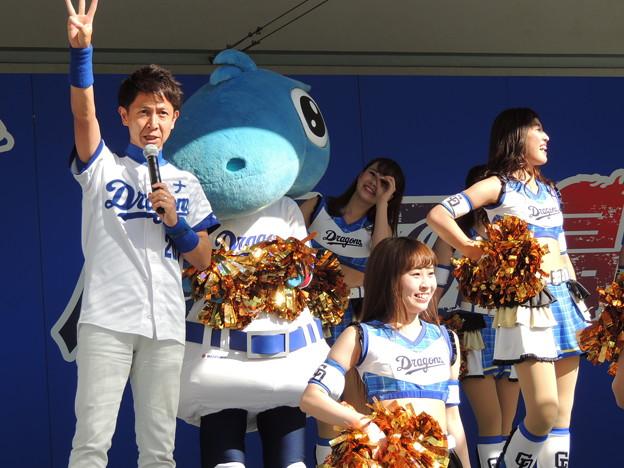 写真: 長谷川さんもおつかれさま。