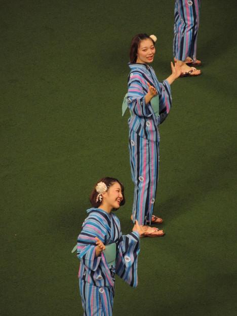 写真: 荒井さんと三浦さん。