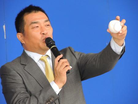 9/23(土) 横浜戦のDステで山本昌さんのあとは35億、オールディーズなチアドラも登場!