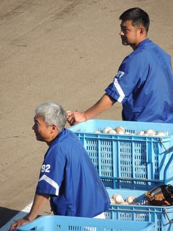 勝崎さんと朝倉コーチ。