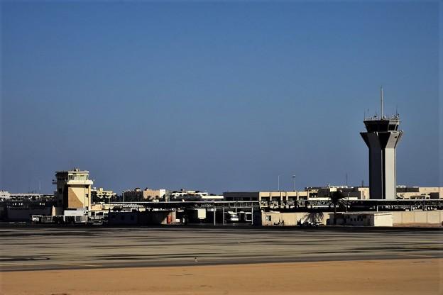 Photos: フルガダ空港3)