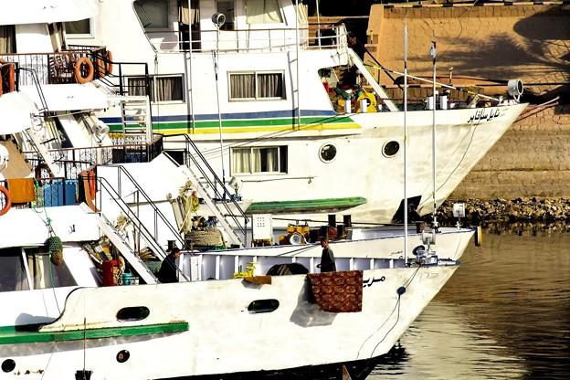 写真: クルーズ船