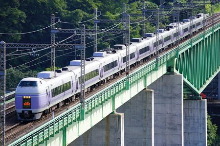 E351系特急スーパーあずさ@新桂川橋梁