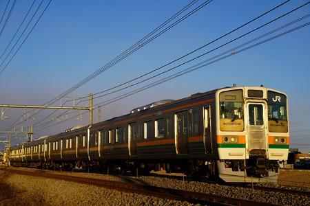 夕日を浴びて走る211系@新前橋~井野