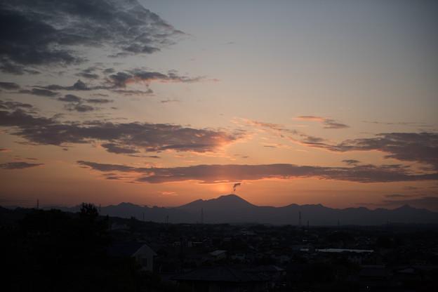 ふじの咲く丘の眺め【浅間山の夕焼け】