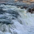 写真: 寒 瀑