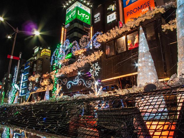 Photos: 新橋の駅前のSLはキラキラに