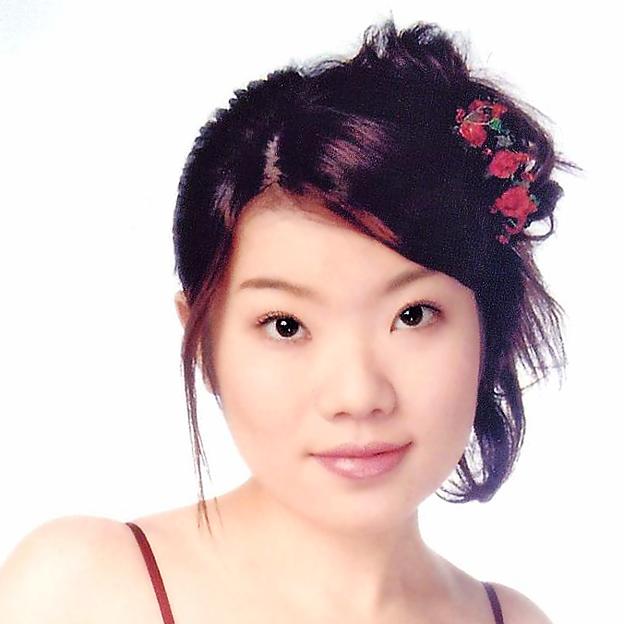 守谷由香 もりやゆか 声楽家 オペラ歌手 ソプラノ       Yuka Moriya
