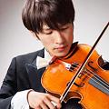 写真: 渡辺康仁 わたなべやすと ヴィオラ奏者  Yasuto Watanabe