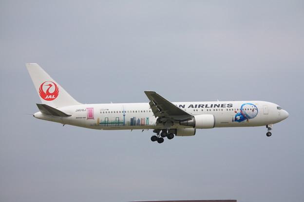 日本航空 JAL ボーイング767-300ER JA610J ドラえもんジェット (2)