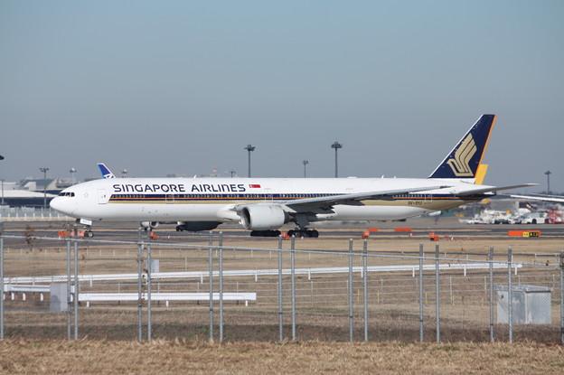 写真: シンガポール航空 ボーイング777-300ER 9V-SYJ