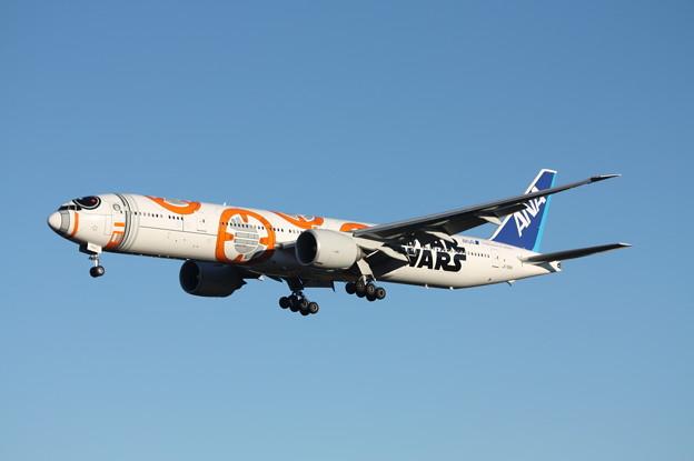 全日空 ANA ボーイング777-300ER JA789A スターウォーズ塗装
