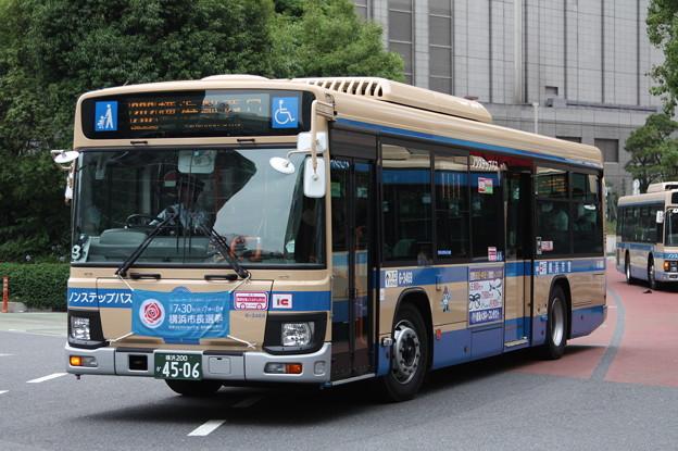 横浜市営バス 新型ブルーリボン 6-3469号車