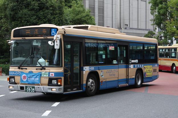 横浜市営バス 8-3939号車