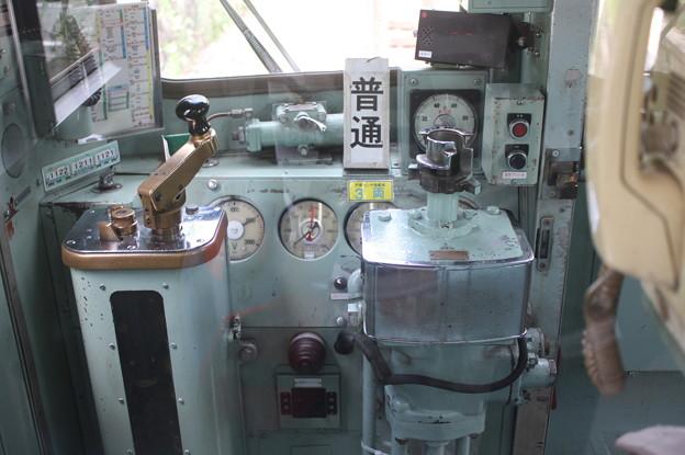 神戸電鉄1000系の運転台