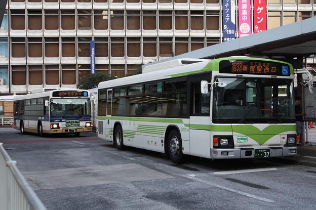 京王バス D21514号車