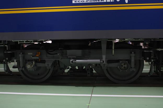 EF210-300 台車