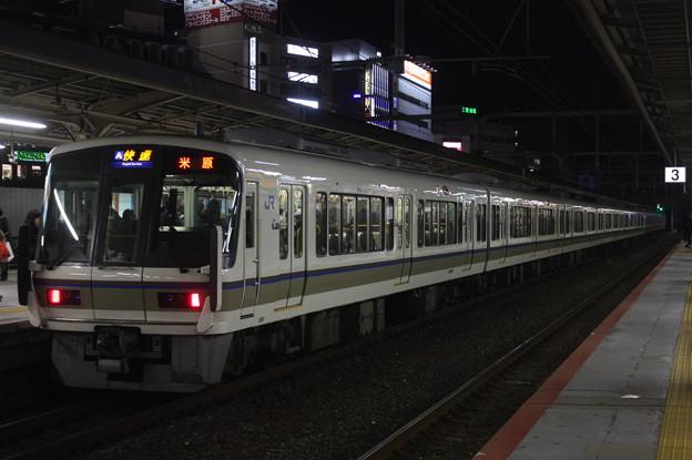 JR神戸線 221系B4編成 快速 米原 行