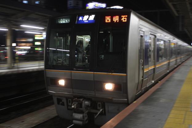JR神戸線 207系1000番台S43編成 普通 西明石 行 (2)