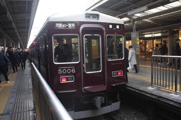阪急今津線 5000系5006F 普通 宝塚 行
