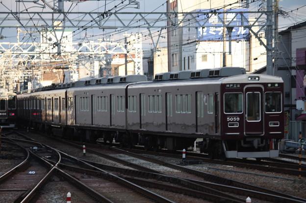 阪急神戸線 5000系5008F 普通 阪急神戸三宮 行