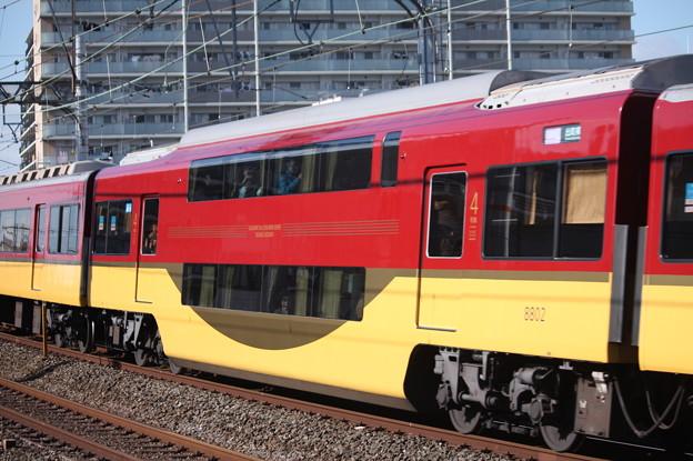 京阪本線 8000系 二階建て車両