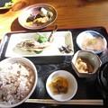 写真: 川魚の定食