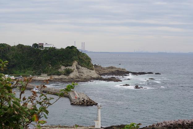 剣崎灯台下